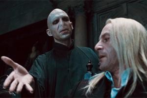 Lord Voldemor y Lucius Malfoy en 'Las Reliquias de la Muerte - Parte 1'