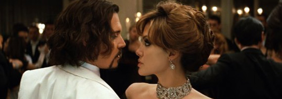 Johnny Depp y Angelina Jolie en 'The tourist'