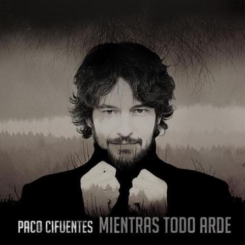 El cantautor sevillano Paco Cifuentes
