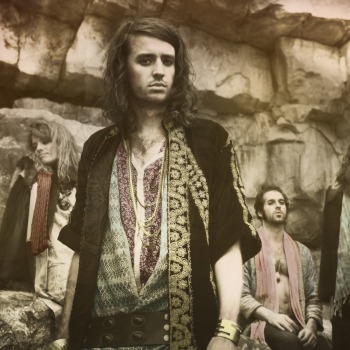 crystalfighters_pr1 (2)