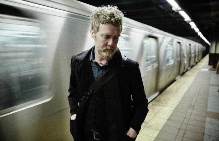 Glen_Hansard_metro