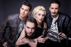jenny and the mexicats dejan vídeo para Tanto Tiempo