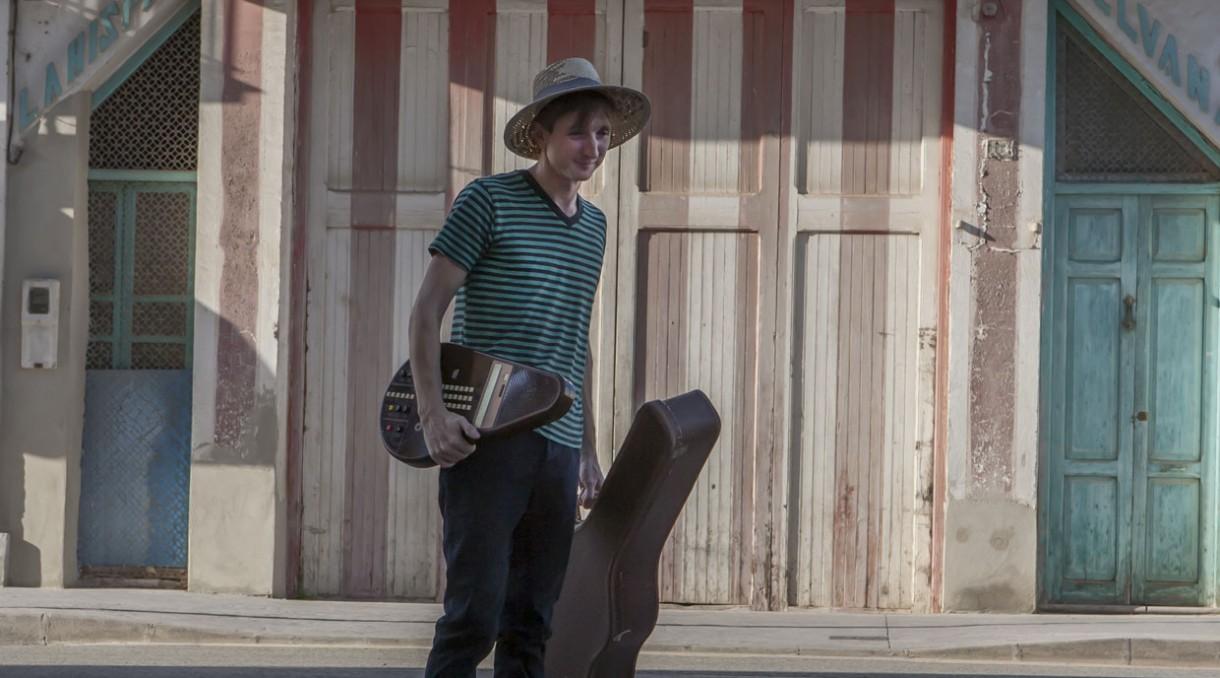 "Scott Mannion deja segundo avance de su próximo disco, ""Loving Echoes"", que se publicará a principios de 2018."