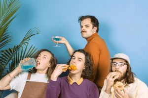 Peach Pit moby dick club presentando Being So Normal