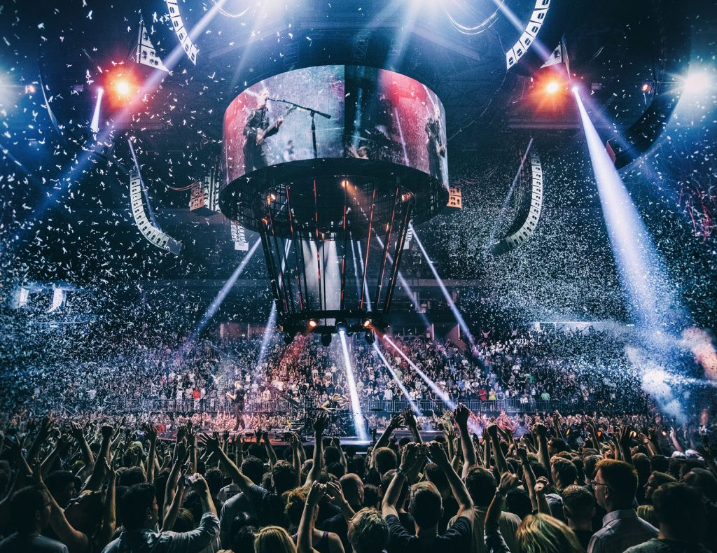muse drones world tour on cinema