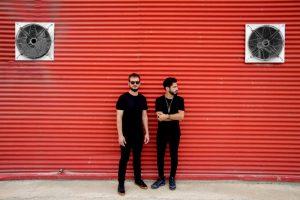 Vibrowaves de gira presentando Black Blood