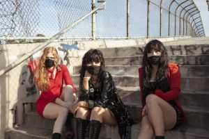 l.a. witch play with fire