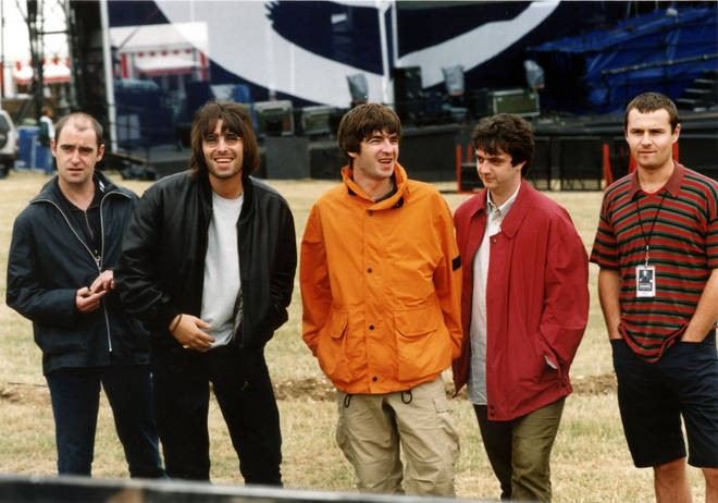 oasis-documental-knebworth